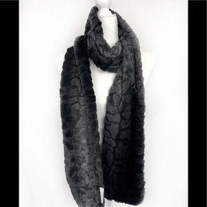 Tourance luxurious soft black textured scarf